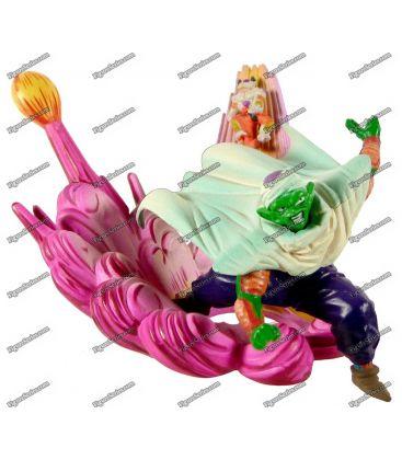 Figurine DRAGON BALL Z diorama PICCOLO face au ROI COLD
