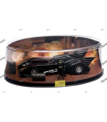 Miniatuur BATMOBILE BATMAN 1989 diorama auto Gotham city film metal