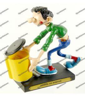 Figurine en résine GASTON LAGAFFE fait un tennis de bureau