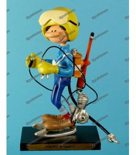 Figurine resin GASTON LAGAFFE on skates at Plastoy ice