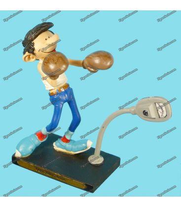 Figurine en résine GASTON LAGAFFE la GASTOMOBILE