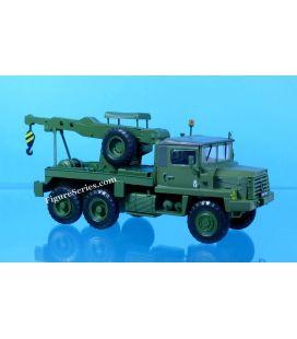 vrachtwagen BERLIET GBC 8 KT militaire sleepwagen